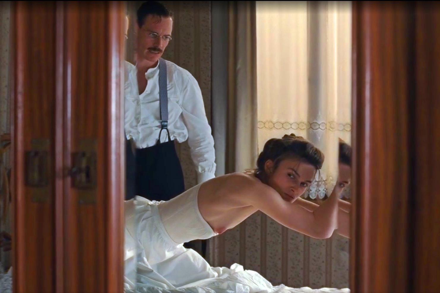 интимные кадры из фильма опасный метод